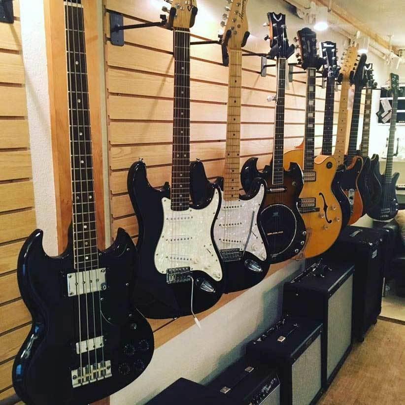 Boulder Guitars