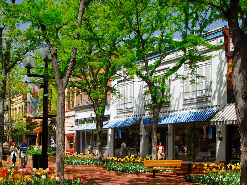 Shopping on Pearl Street Mall