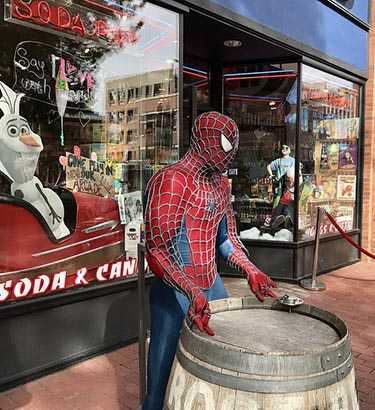 Spiderman on Pearl Street