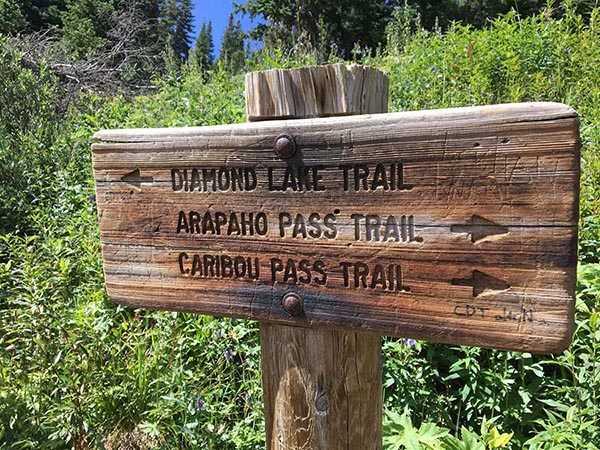 diamong-lake-trail-sign-bryan-neely-600x450